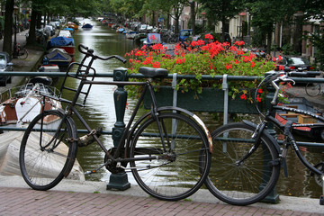 vélo et fleur à Amsterdam