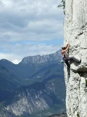 Foto op Aluminium Alpinisme Klettern über dem Gardasee