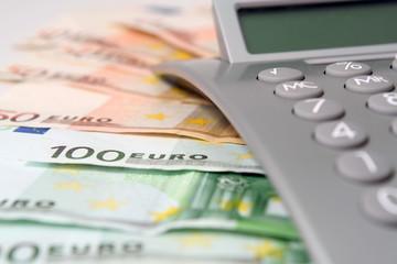 Taschenrechner mit Bargeld