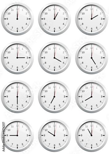 collection d 39 horloges heure par heure fichier vectoriel. Black Bedroom Furniture Sets. Home Design Ideas