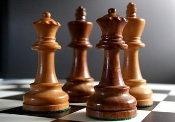 chess - kings and queens
