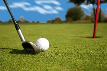 approche de golf au fer