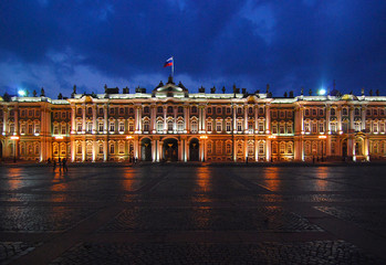 the palace area in saint petersburg