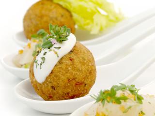 Falafel / Spargelsalat