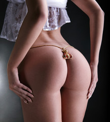 Jewelry on buttocks