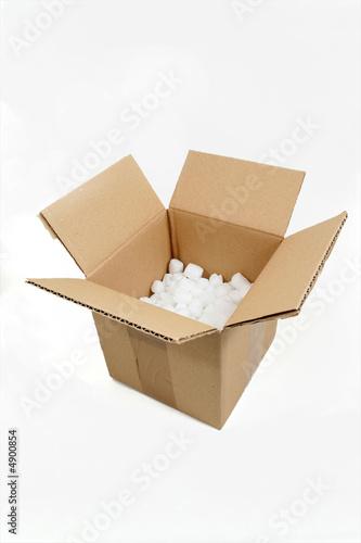carton d 39 emballage avec bulles photo libre de droits sur la banque d 39 images. Black Bedroom Furniture Sets. Home Design Ideas