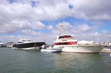 Luxury Yacht,Cabin Cruiser and Sport Fishing Boat
