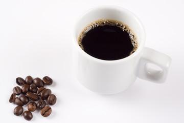 Tasse de café et grains