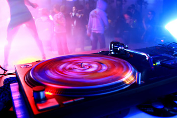 Vinyl on the party