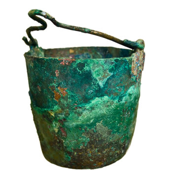 Old pot from the bronze age