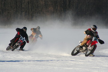 motorcycles on ice 4