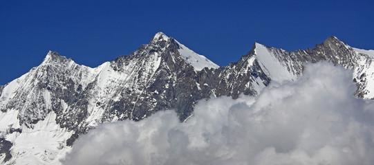 Bergwelt rund um Saas Fee