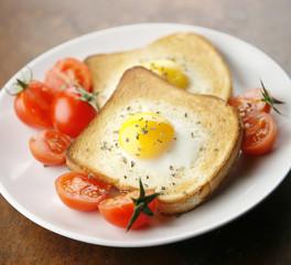 pane tostato con uovo