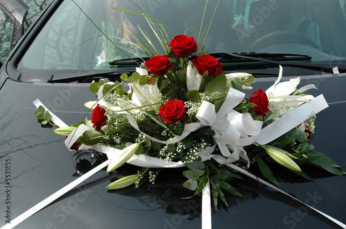 Hochzeits Auto Mit Blumen Stockfotos Und Lizenzfreie Bilder Auf