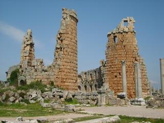 Tours du théâtre de Perge, Turquie