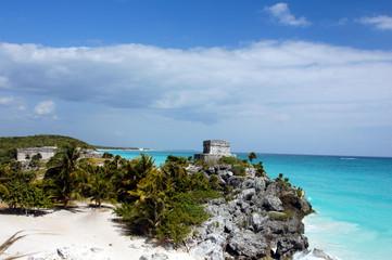 sito archeologico del tempio Maya affacciato sul mare