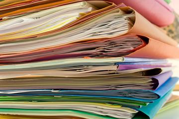 dossier classeur papier administratif décision contrat 06