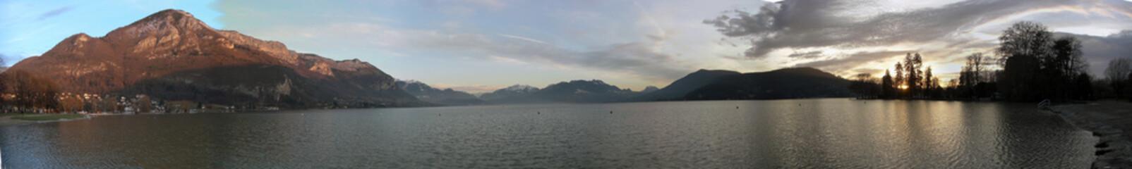 crepuscule lac annecy
