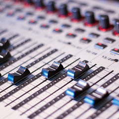Studio sound mixer