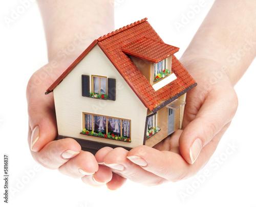 Купить недвижимость в Асти и цены на жилье