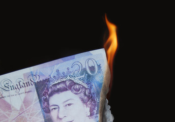 £20 burning, concept, wealthy, money to burn, wasting money.