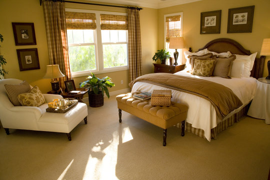Spacious bedroom and lounge area.