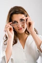 Brille aufsetzen