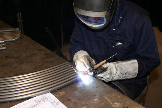 welder tig welding
