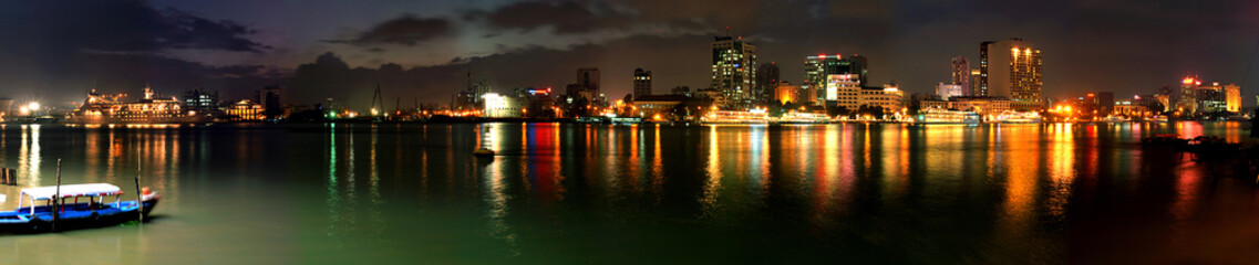 saigon night (panorama)