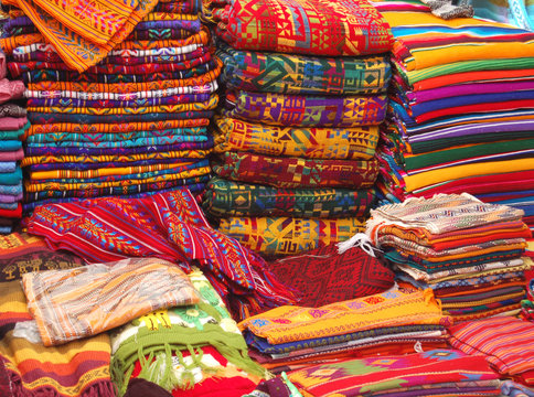 Patterned Textiles in a Native American Market