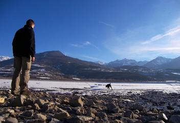 le chien et la montagne