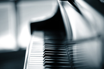 Piano background, shallow DOF.