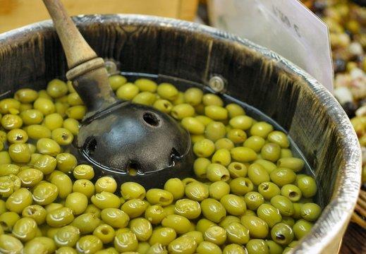 Olives vertes des halles