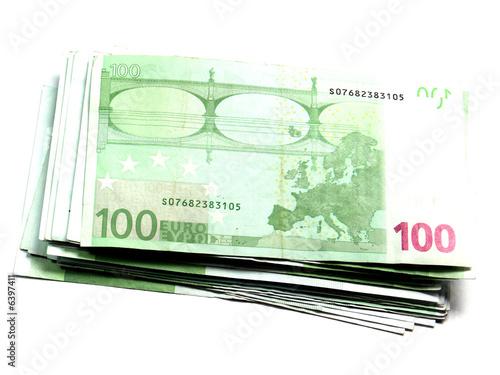 liasse de billets de 100 euros sur fond blanc photo libre de droits sur la banque d 39 images. Black Bedroom Furniture Sets. Home Design Ideas