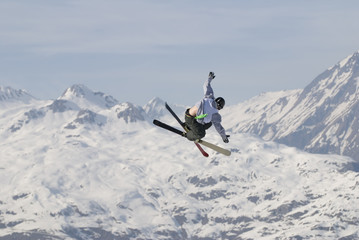 Freestyle skier in les Arcs. France