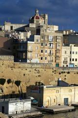 lungo mare a Malta