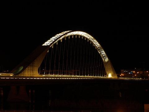 Puente Lusitania noche 1