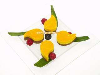 exotische wunder mango schokoladen mousse törtchen