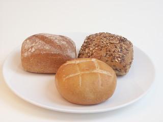 brötchen mehrkorn frühstück teller gesund leben