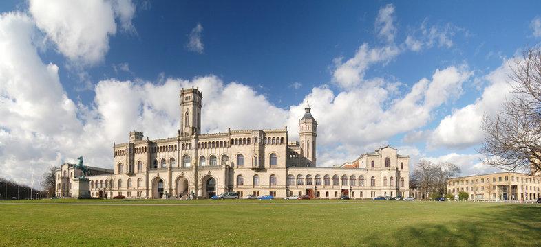 Leibniz Universität Hannover (ehemaliges Welfenschloss)