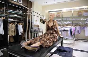 mannequin in store
