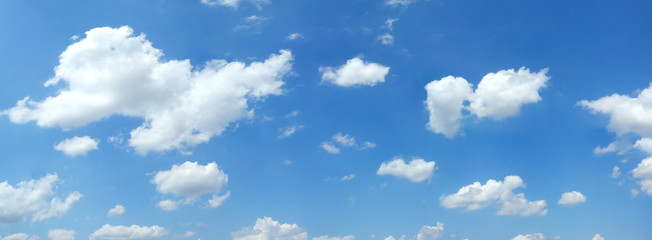 Poster de jardin Ciel Beautiful summer clouds