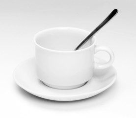 Weisse Tasse mit Löffen - white cip with spoon