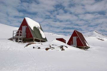 Inuit hut