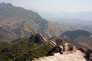 Sopra la Grande Muraglia Cinese