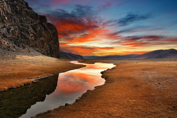 Wall Mural - Daybreak in mongolian desert