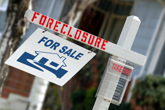 Home Foreclosure Sign