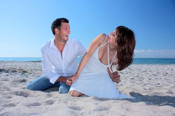 romantic couple on the beach2