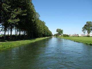 Canale Vacchelli - canale aqua artificiale