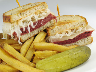 Reuben With Fries